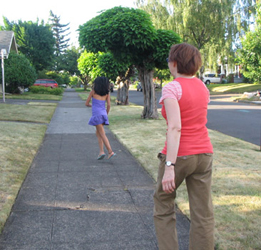 Debbie and Annelise (Pamela's daughter) on the way to a cat-photo shoot in Portland, 2006